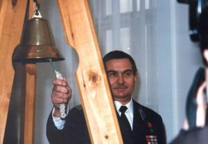 Колокол мира в День Земли 1998 год 3