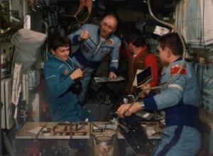 неформальное - байки - фартук для космонавта 2